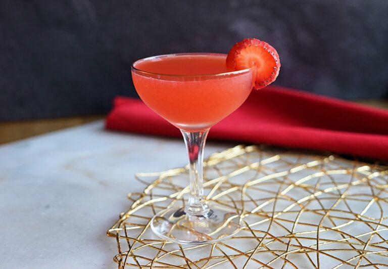 Shochu Cocktail Recipe: Strawberry Jalapeño Daiquiri